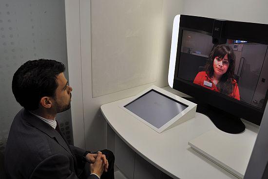 Videkonferenciás ügyintézés Cisco TelePresence rendszerrel