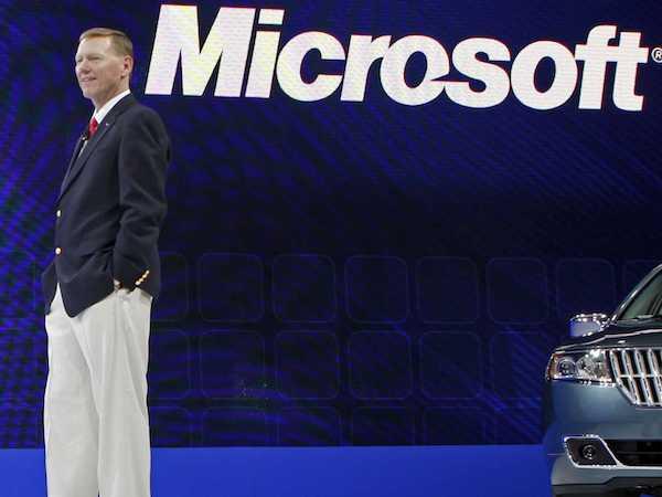 A Ford vezér nem hagyja ott a kormánykereket a Microsoftért